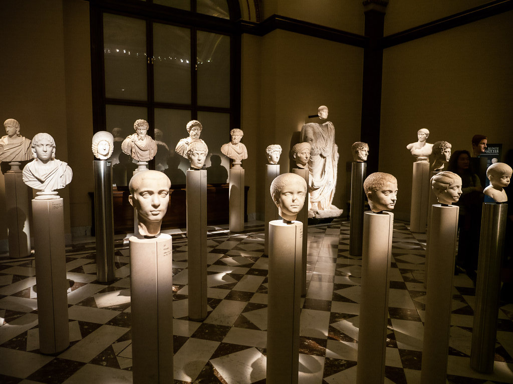 Hall of Heads at Kunsthistorisches Museum
